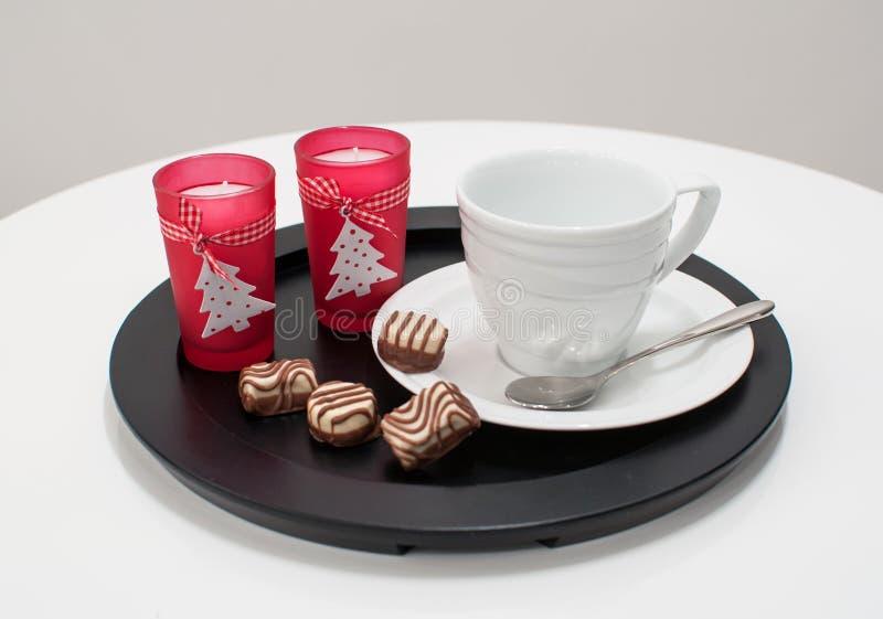 茶或圣诞节的咖啡杯服务 库存图片