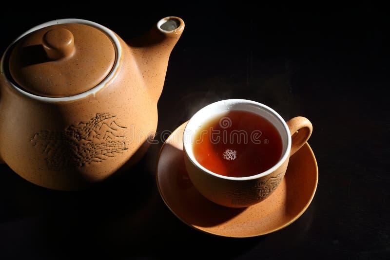 茶杯有茶壶的 库存图片