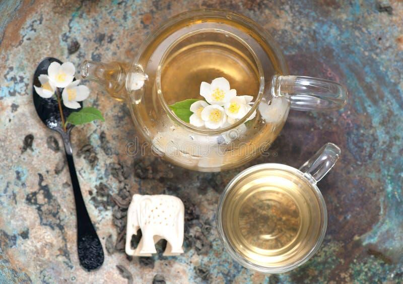绿茶用茉莉属,水平 顶视图 免版税图库摄影