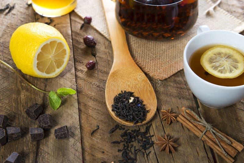茶蜂蜜和柠檬 库存照片