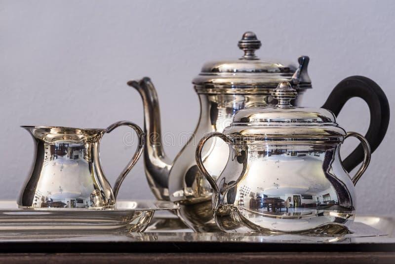 茶银集合 免版税库存照片