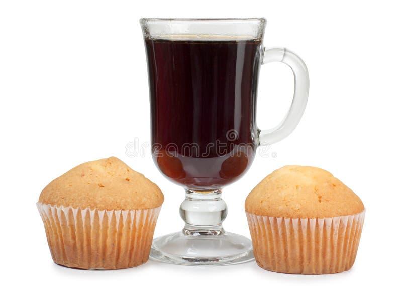 茶玻璃和蛋糕 免版税库存照片