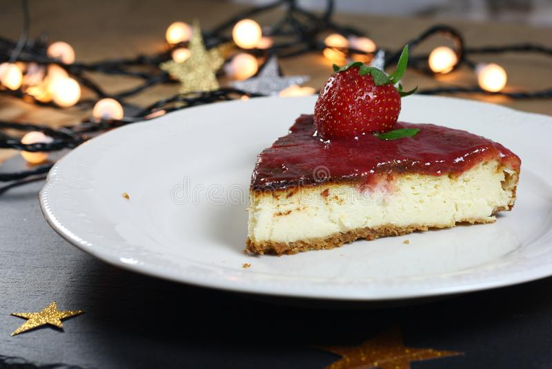 草莓乳酪蛋糕 图库摄影