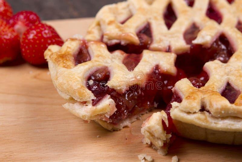 草莓和苹果 免版税库存图片