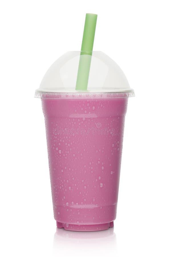 草莓和莓果奶昔 免版税库存照片