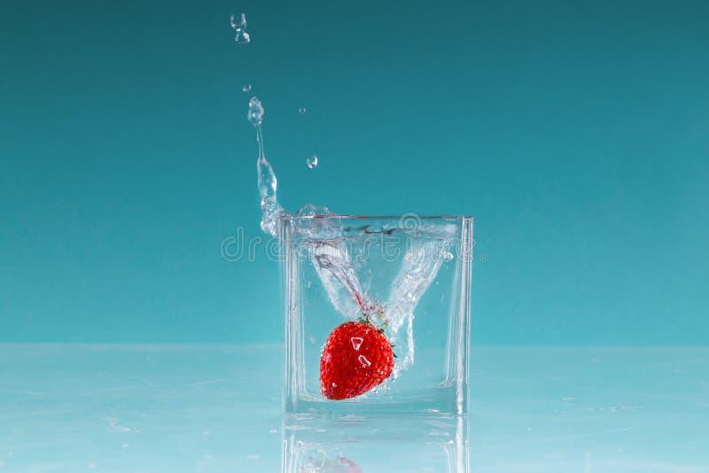 草莓果子高速摄影术 免版税图库摄影
