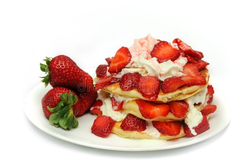 草莓薄煎饼 免版税库存图片