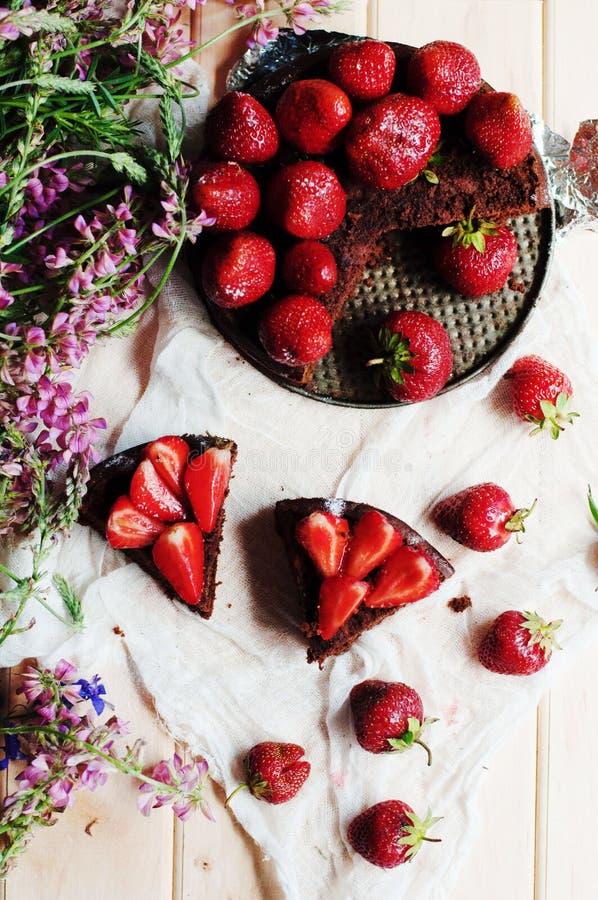 Download 草莓馅饼,草莓脆饼,草莓酱 服务h 库存图片. 图片 包括有 烹调, 纸张, 会议室, 美食, 酥皮点心 - 72358979