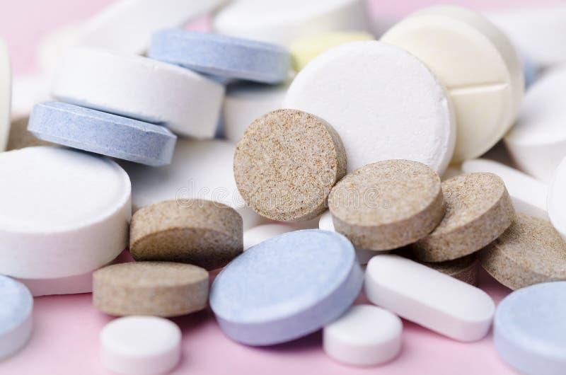 药片和片剂特写镜头 库存照片