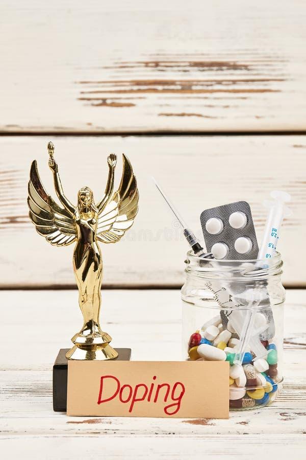 药物和奖 免版税库存照片
