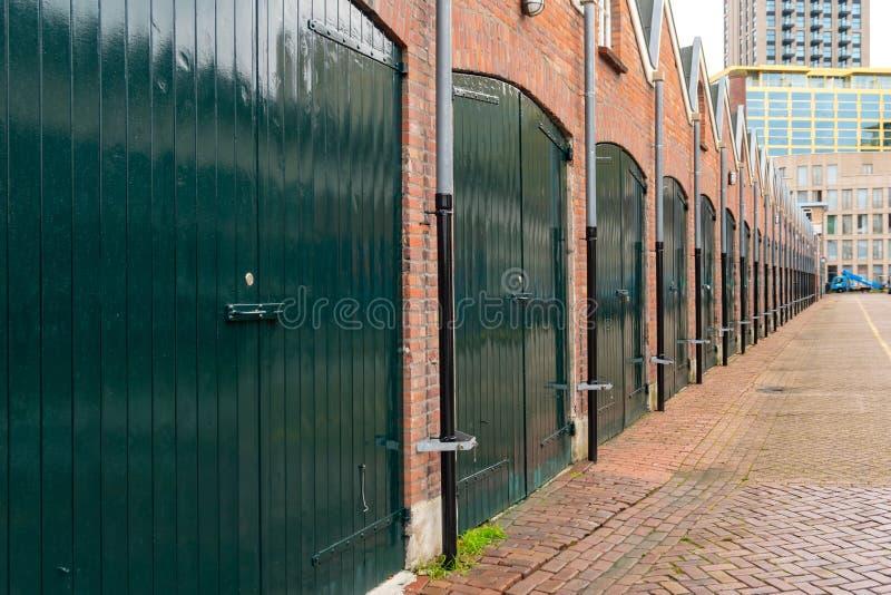 荷兰埃因霍温的一排车库 免版税库存图片