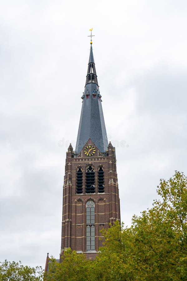 荷兰埃因霍温 — 地层的圣乔治教堂 — 该市的老建筑 免版税库存照片