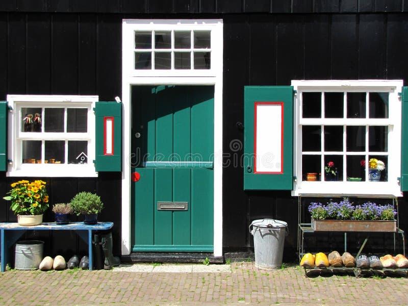 荷兰房子前面 库存图片