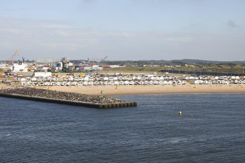 荷兰海滩的客舱 免版税库存图片