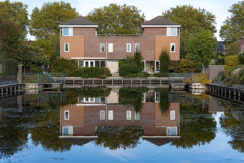 荷兰独立现代住宅 库存照片