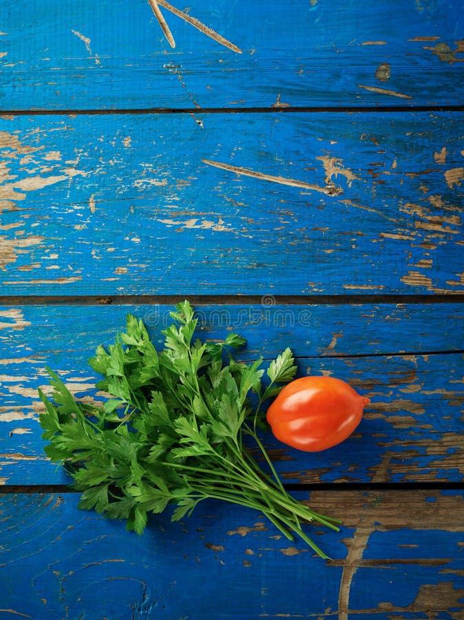 荷兰芹和蕃茄 免版税库存图片