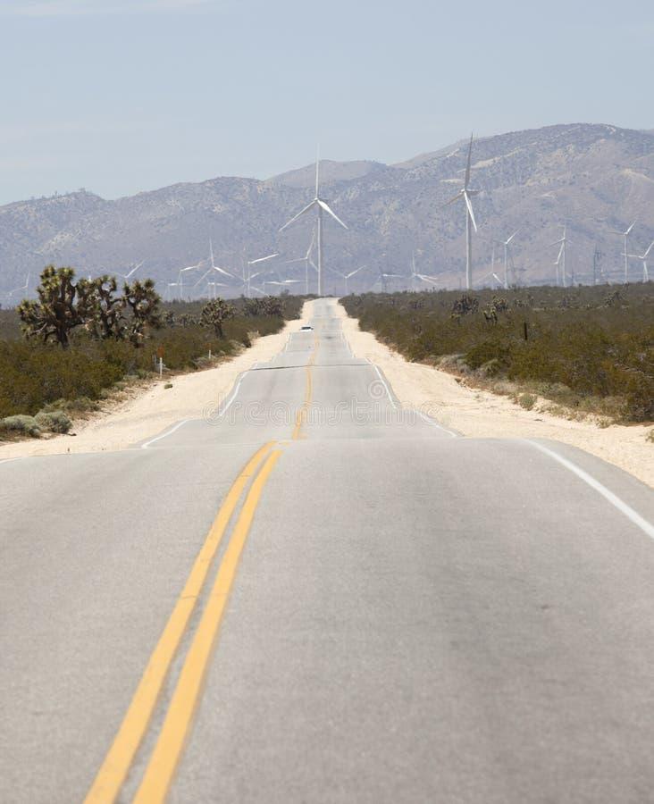 莫哈韦沙漠风力场 库存照片