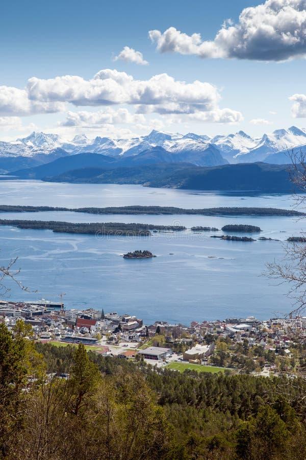 莫尔德镇在挪威 免版税库存照片