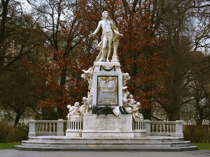 莫扎特雕象 图库摄影
