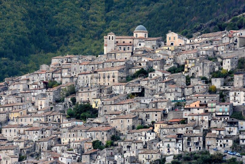 莫拉诺卡拉布罗,一个小历史的村庄在卡拉布里亚 库存照片