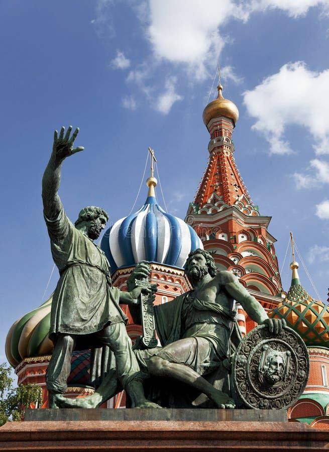 莫斯科。 对Minin和Pozharsky的纪念碑在红场 免版税图库摄影