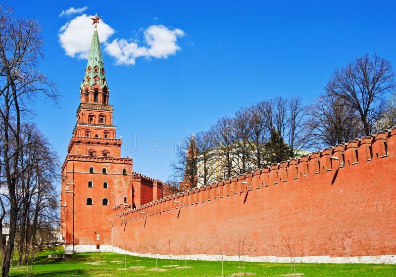 莫斯科克里姆林宫的塔和墙壁。莫斯科 免版税库存照片