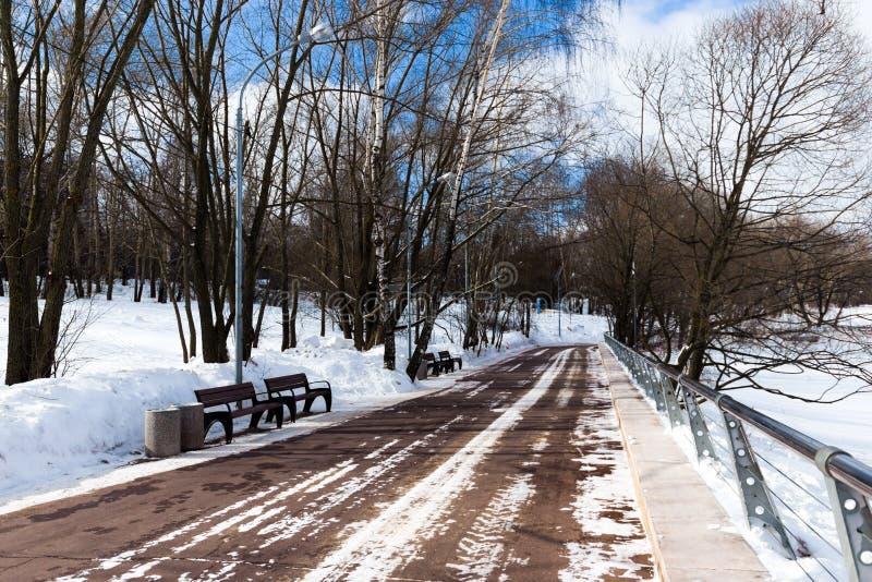 莫斯科河的河岸 免版税库存图片
