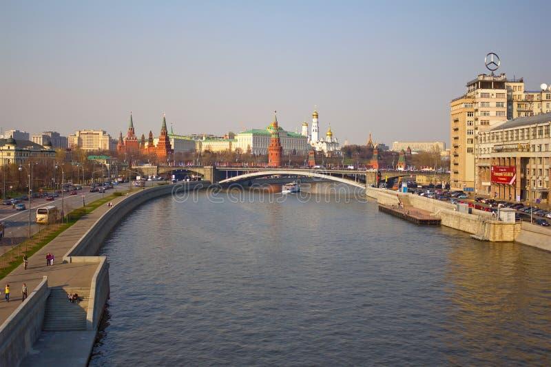 莫斯科河 Prechistenskaya堤防 库存照片