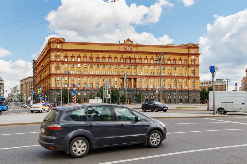 莫斯科,俄罗斯- 2019年6月02日:修造在卢比扬卡广场的克格勃在莫斯科 莫斯科的历史中心的建筑学 免版税库存照片