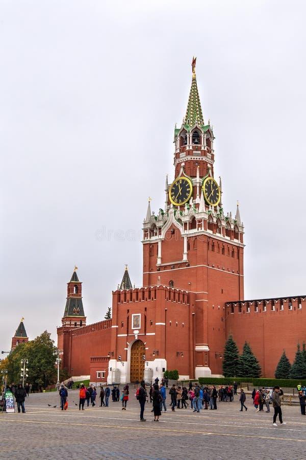 莫斯科,俄罗斯- 2016年10月06日:克里姆林宫的Spasskaya塔 图库摄影