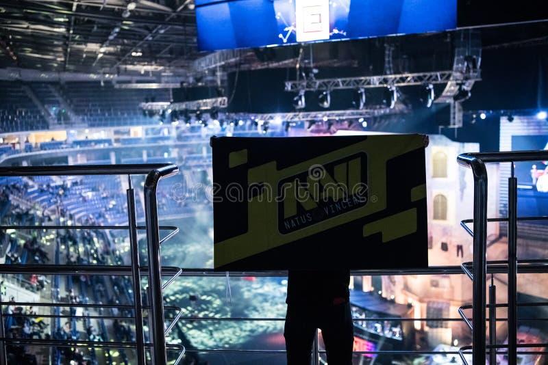 莫斯科,俄罗斯- 2018年10月27日:震中柜台罢工:全球性进攻esports事件 在一个论坛的爱好者在 免版税库存照片