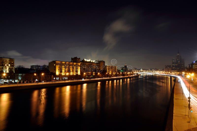 莫斯科,夜,河,房子, 库存图片