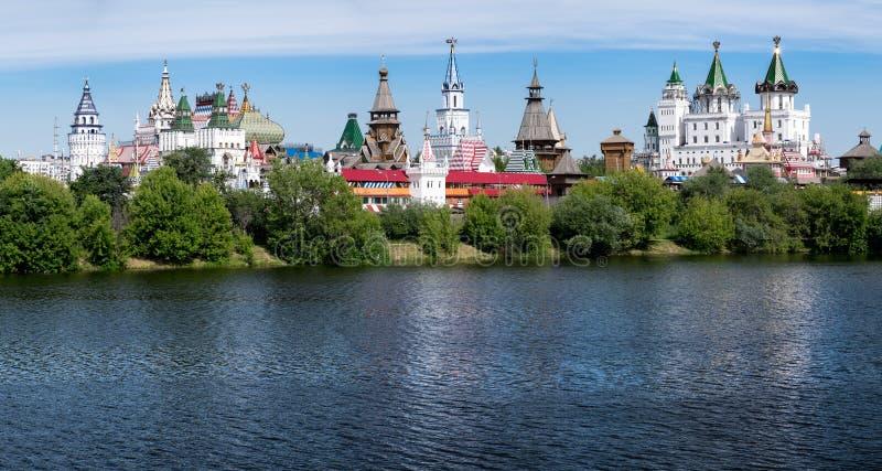 莫斯科, Izmajlovo克里姆林宫全景照片  库存照片