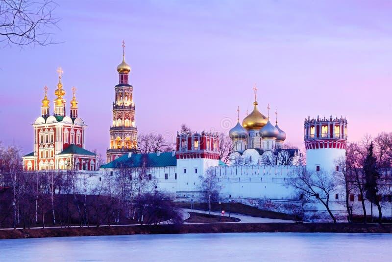 Download 莫斯科建筑学 库存照片. 图片 包括有 宗教信仰, 冬天, 寺庙, 拱道, 城市, 响铃, 晚上, 夜间 - 62534508