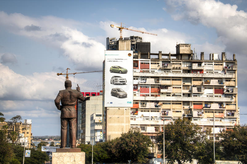莫桑比克的Samora总统雕象在马普托 库存照片