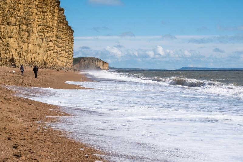 莱姆里杰斯, DORSET/UK - 3月22日:在莱姆的侏罗纪海岸线关于 库存照片