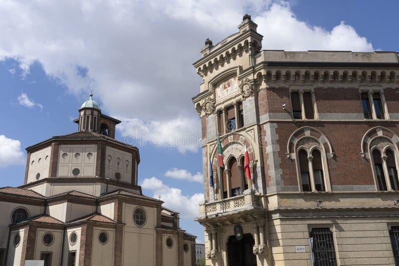 莱尼亚诺,意大利:Malinverni宫殿和圣Magno教会 免版税图库摄影