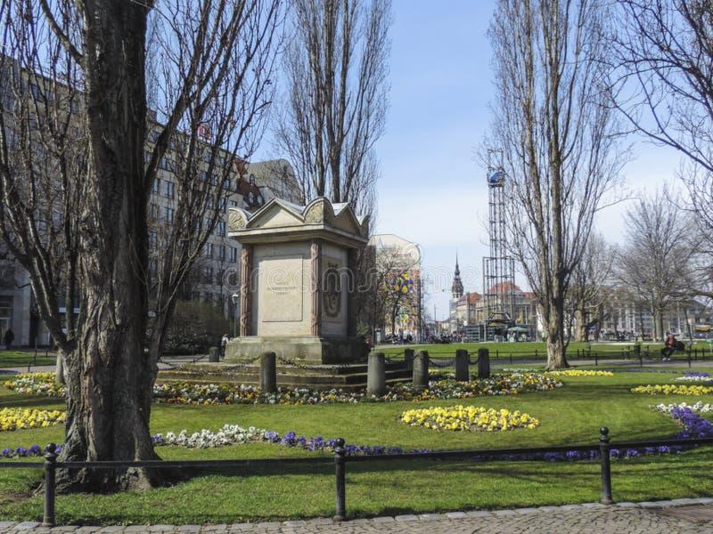 莱比锡卡尔威谦廉Muller Denkmal市长纪念碑在der untere公园 图库摄影
