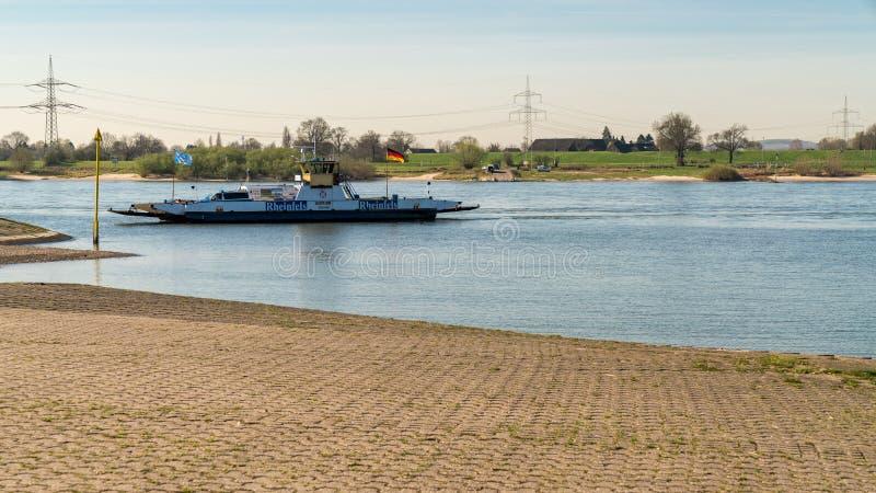 莱茵河的银行在Walsum,杜伊斯堡,北部莱茵河威斯特法利 库存照片