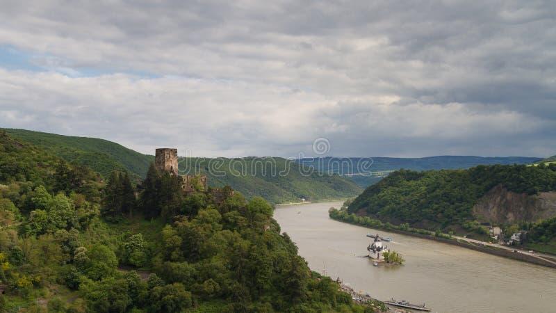 莱茵河谷的全景在考布附近的 免版税库存照片