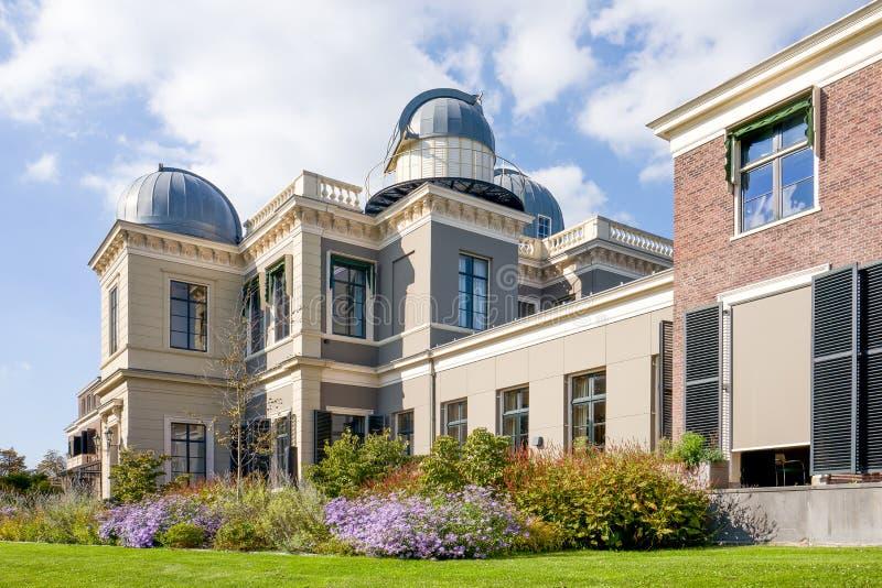 莱顿大学的观测所大厦 库存照片