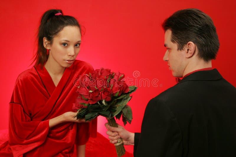 获得女孩玫瑰 免版税库存图片