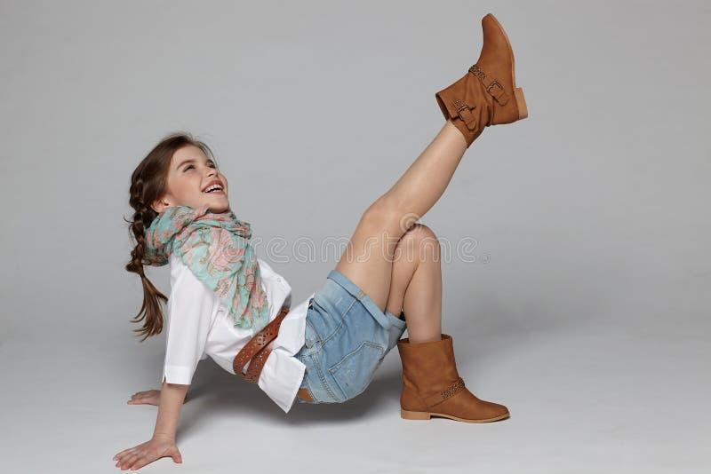 获得的小女孩乐趣 库存照片