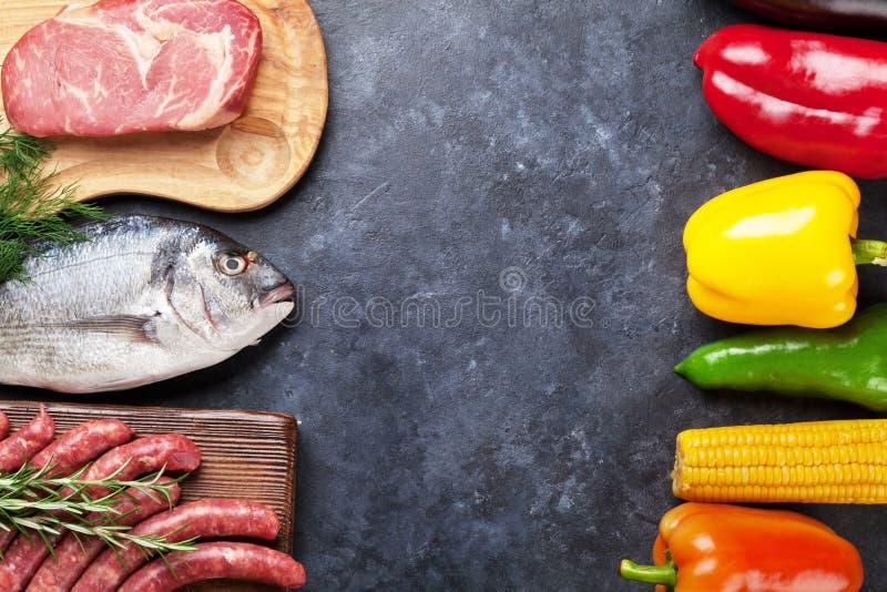 菜、鱼和肉烹调 图库摄影