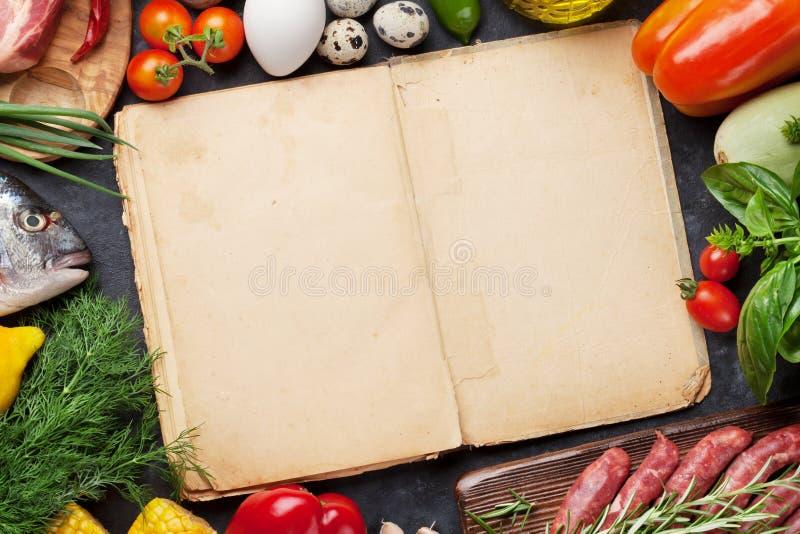 菜、鱼和肉烹调 库存照片