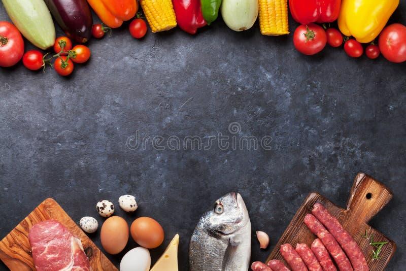 菜、鱼和肉烹调 库存图片