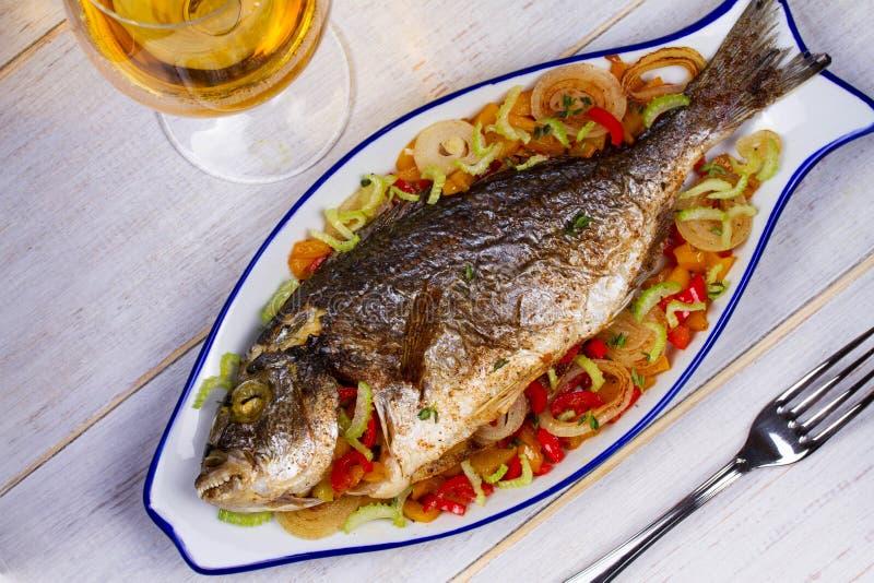 菜-被充塞的鱼 库存图片