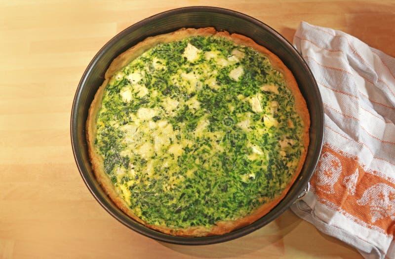 菠菜饼用在听型烤模的乳酪 免版税图库摄影