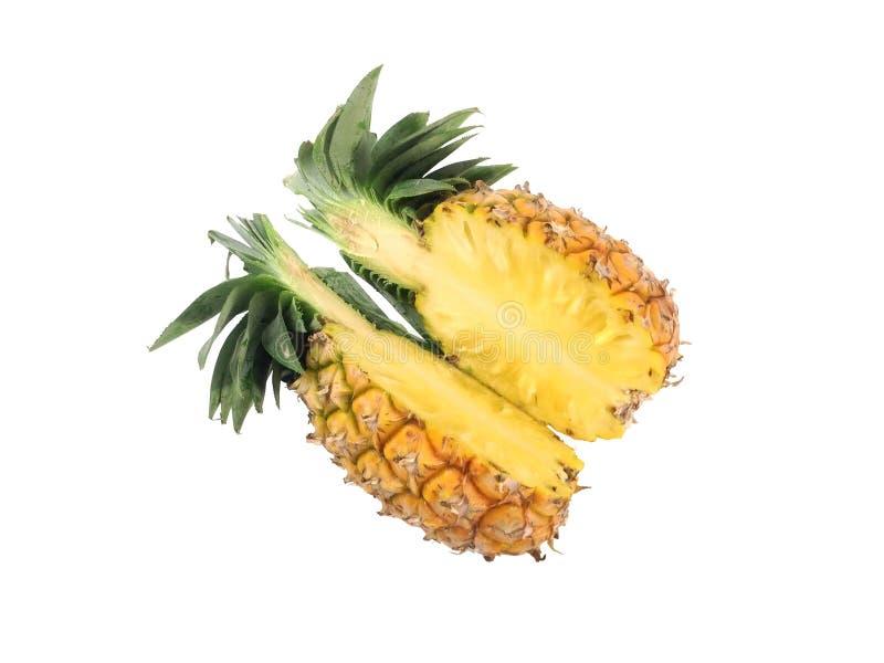 菠萝裁减半在白色背景 免版税库存图片