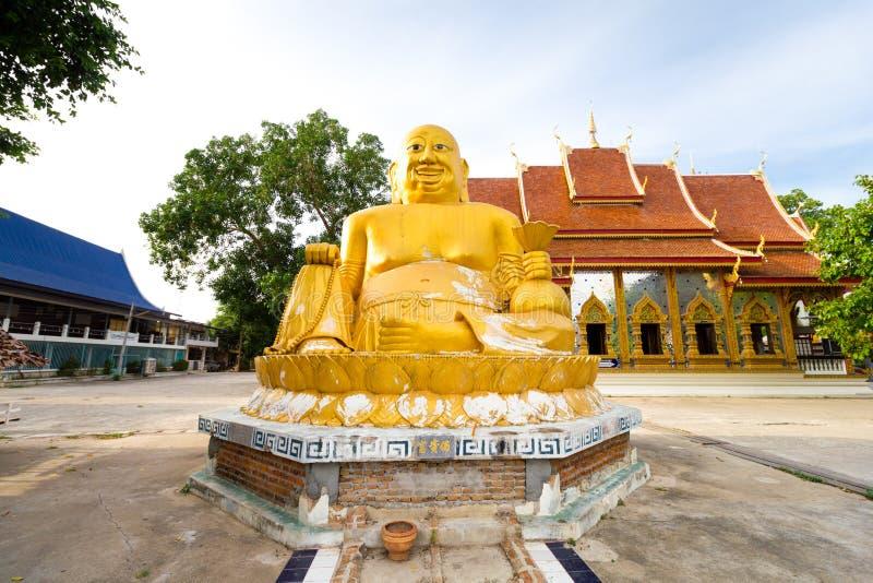 菩萨图象Phra在Mae醉鬼,达,泰国唱了枪Jai雕象 库存图片
